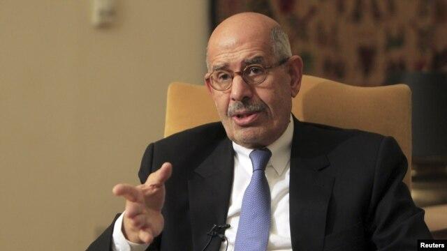 Ông Mohamed ElBaradei, người đứng đầu Mặt trận Cứu quốc, tiếp tục lên án dự thảo hiến pháp mới