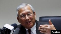 Thủ tướng lâm thời Thái Lan Niwatthamrong Boonsongphaisan phát biểu trong cuộc họp báo tại Bangkok, ngày 12/5/2014.