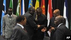 Líderes da SADC antes dos trabalho da Cimeira de Joanesburgo (Arquivo)