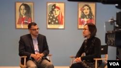 Presiden MPAC Salam Al-Marayati diwawancarai reporter VOA Vina Mubtadi di Los Angeles. (Foto: VOA/Yogi Leksono)