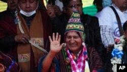 L'ex-président Evo Morales à Villazon en Bolivie, après avoir traversé un pont frontalier depuis l'Argentine. Exilé depuis novembre 2019, il est rentré dans son pays au lendemain de l'investiture de son ancien ministre des Finances, Luis Arce. (AP/Juan Karita, 9 nov. 2020)