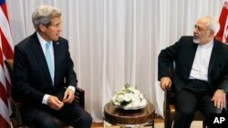Ngoại trưởng Mỹ John Kerry và Ngoại trưởng Iran Javad Zarif tại Geneva, ngày 14/1/2015.