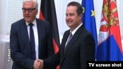Nemački ministar spoljnih poslova Frank-Valter Štajnmajer sa srpskim kolegom, Ivicom Dačićem u Beogradu 28. april 2015.