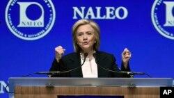 Bà Clinton, được nhiều người cho rằng sẽ là ứng viên của Đảng Dân chủ cho cuộc đua tổng thống năm 2016.