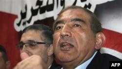 Muhalefet liderlerinden Kadri Cemil, bugün Şam'da yaptığı basın toplantısında, mevcut bunalımın çok uzun sürebileceği uyarısında bulundu