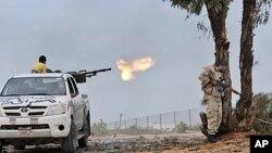 利比亞戰事持續。