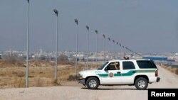 Xe tuần tra biên giới của Mỹ tại biên giới Mexico ở El Paso, Texas.