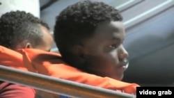 马耳他被迫取消遣返非洲难民。2013年7月10日(视频截图)