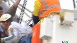 2011-10-01 粵語新聞: 一架飛機撞到澳大利亞摩天輪