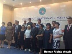 HRW Toshkentda siyosiy arboblar va fuqaro jamiyati vakillari bilan, sentabr, 2017