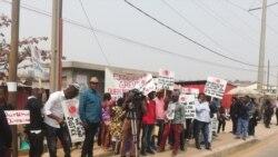 Prossegue greve do grupo Tuboscope em Luanda - 1:36
