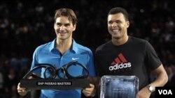 Roger Federer menjuarai Paris Masters (14/11)