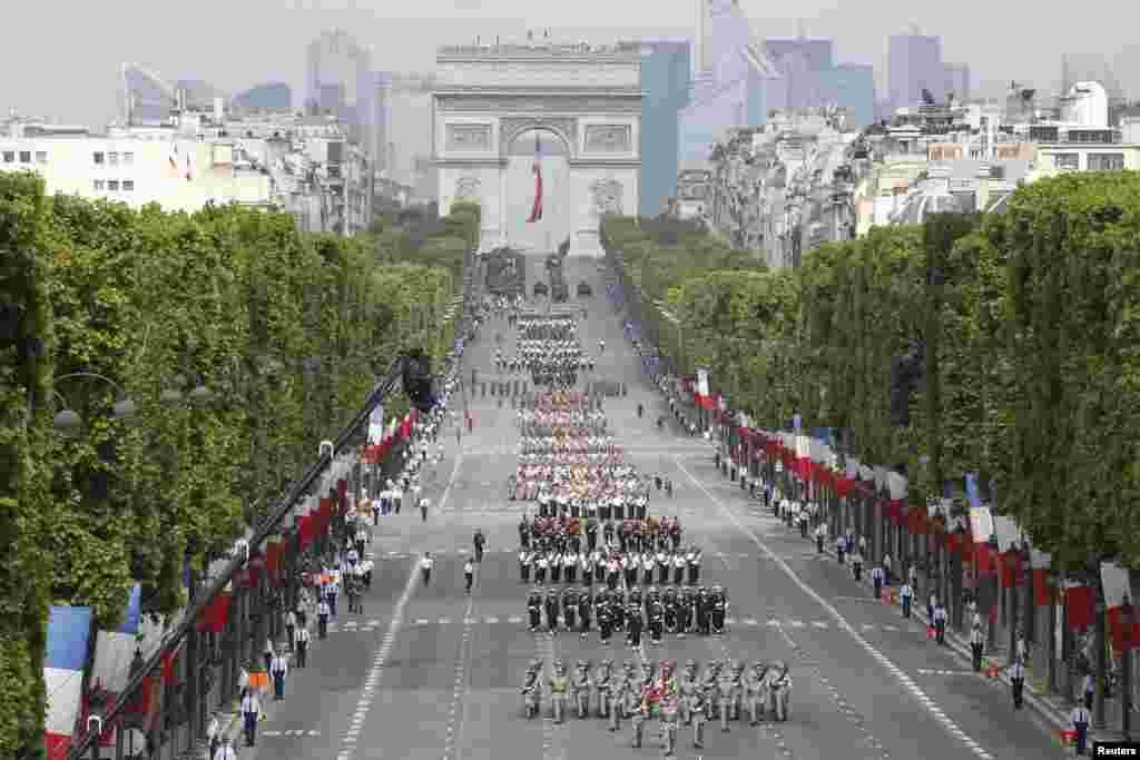 فرانس میں بیستائل ڈے کو قومی دن کے طور پر منایا جاتا ہے۔