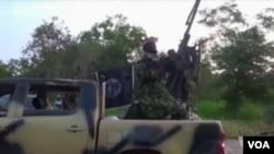 Des soldats camerounais en patrouille