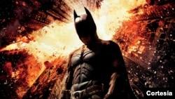 El filme es encabezado por Christian Bale, Michael Caine, Gary Oldman, Morgan Freeman, Anne Hathaway, Joseph Gordon-Levitt y Marion Cotillard.