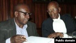 Prof. Runyinya Barabwiriza n'umwunganira Me Protais Mutembe