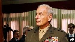 Tướng Thủy quân Lục chiến John Kelly nói rằng khoảng 100 phần tử chủ chiến Hồi giáo vừa được tuyển mộ đã rời khỏi vùng Caribe và Nam Mỹ để huấn luyện và chiến đấu ở Syria