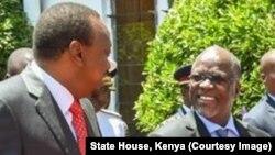 Rais John Magufuli na Rais Uhuru Kenyatta
