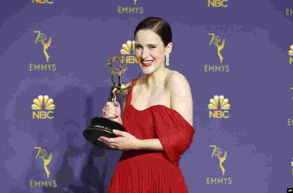 «ریچل بروزناهان» برنده جایزه بهترین بازیگر زن در رده سریالهای کمدی در امی ۲۰۱۸