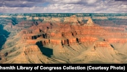 Around 5 million people each year visit the 1.6 km-deep Grand Canyon National Park in Arizona