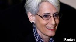 Quyền Phó Ngoại giao Mỹ Wendy Sherman.