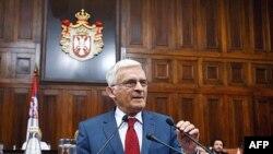 Predsednik Evropskog parlamenta Ježi Buzek obraća se poslanicima na posebnoj sednici Skupštine Srbije
