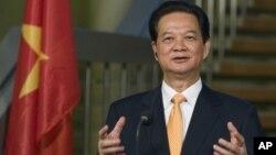 응웬 떤 중 베트남 총리 (자료사진)