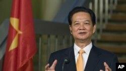 Thủ tướng Việt Nam Nguyễn Tấn Dũng đang công du các nước châu Âu và sẽ đến thăm Tòa thánh Vatican từ ngày 13 đến 18 tháng 10