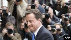 Dejvid Kameron, kryeministër i ri i Britanisë