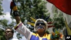 Con esta sanción, activistas venezolanos advierten que la escandalosa suma de la multa, y el embargo ejecutivo al canal sería un intento por sacarlo del aire.