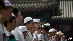 Luôn có những căng thẳng giữa người Hồi Giáo và các nhóm người khác ở Trung Quốc.