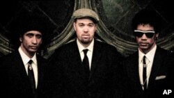Eric Krasno, Alan Evans and Neal Evans of Soulive