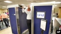 Επανεξετάζονται προσεκτικά τα νέα μέτρα ασφάλειας στα αμερικανικά αεροδρόμια