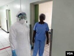 Okwenzakale eWilkins Hospital ngoLwesithathu obekulamalunga edale lephalamende. (Photo: Mlondolozi Ndlovu)