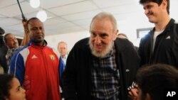 Luego de años de retiro de la vida pública, Fidel Castro fue recientemente a votar en las elecciones para la Asamblea Nacional de Cuba.