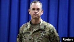 Panglima Gugus Tugas Operasi Gabungan Inherent Resolve, Letjen Sean MacFarland di Baghdad, Irak (foto: dok).