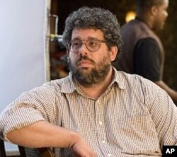 "Director Neil LaBute on the set of ""Death At a Funeral"""