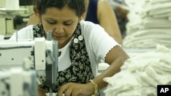 La iniciativa busca educar a los salvadoreños que viven en EE.UU.