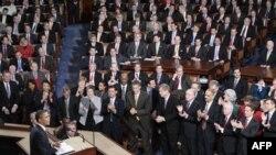 Президент Обама выступает с ежегодным докладом Конгрессу о положении дел в стране. Вашингтон. 27 января 2010 года