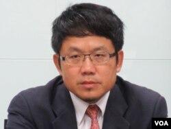 民进党国际事务部主任刘世忠 (美国之音张永泰拍摄)