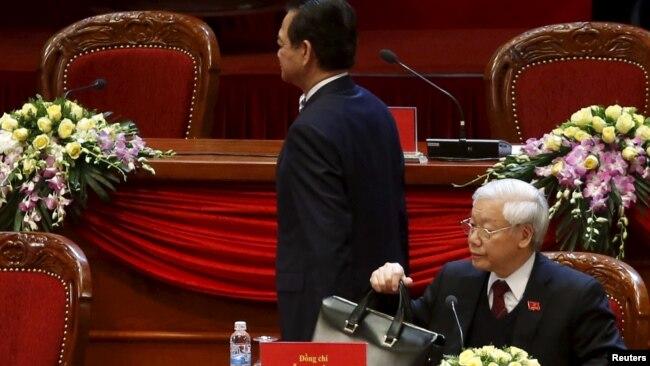 """Giới quan sát cho là có sự """"đối đầu"""" giữa Tổng bí thư Nguyễn Phú Trọng và Thủ tướng khi ấy là ông Nguyễn Tấn Dũng trong đại hội đảng năm 2016."""