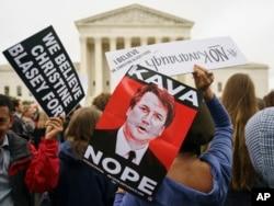 ABD Anayasa Mahkemesi önünde protestocular