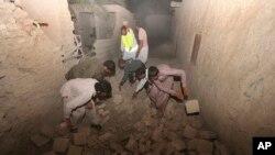 Earthquake hits Iran, tremors rock Pakistan