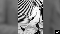 Знаменитая «утиная походка» Чака Берри