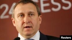 Pejabat Menlu Ukraina, Andriy Deshchytsia mengecam Presiden Putin dengan kata-kata vulgar (foto: dok).
