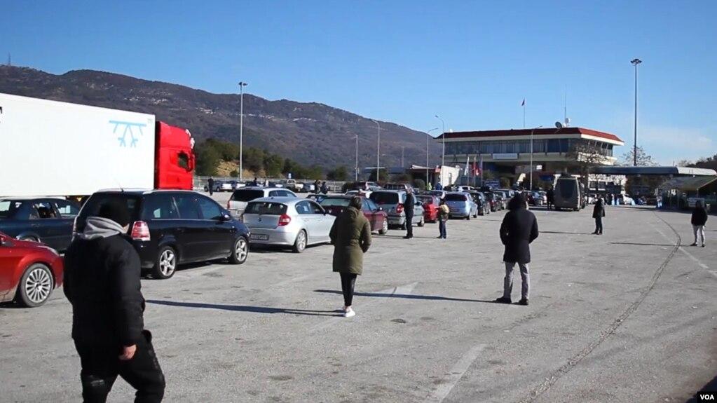 Shqiptarët, të parët në Greqi për marrjen e shtetësisë greke
