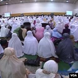 Suasana acara sholat Idul Fitri masyarakat Indonesia di daerah Washington dan sekitarnya.