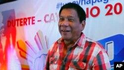 """Ông Duterte tuyên bố thắng cử hôm 9/5. Ông nói với Pháp tấn xã rằng ông chấp nhận """"sự uỷ nhiệm của nhân dân"""" Philippines, với lòng khiêm cung cao độ."""