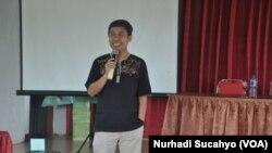 Nur Hasyim - Direktur Rifka Annisa (VOA/Nurhadi Sucahyo-Koleksi Pribadi)