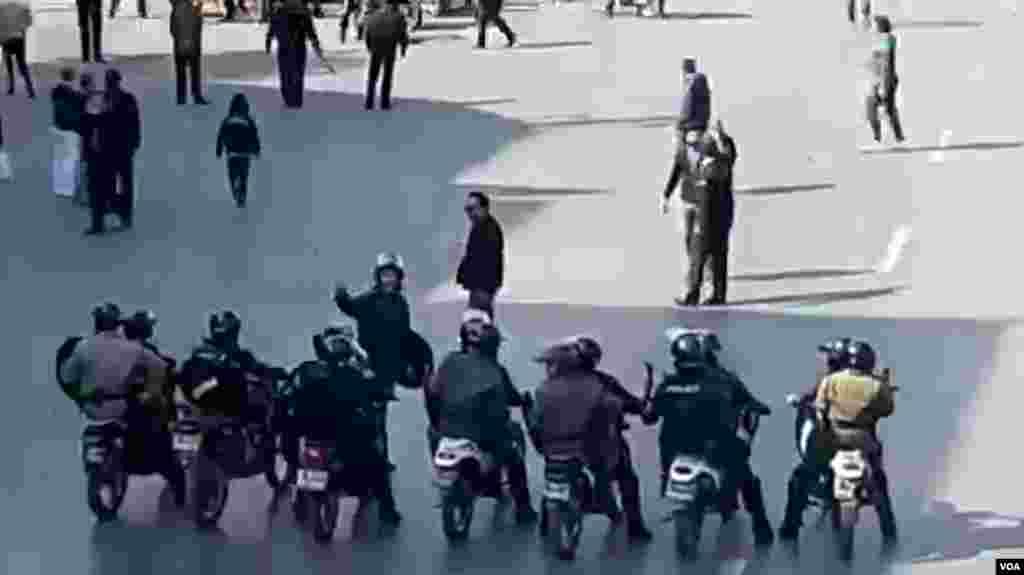تصاویر مربوط به اعترضات در شهرهای مختلف ایران - شیراز، چهار راه زند ۲۷ آبان
